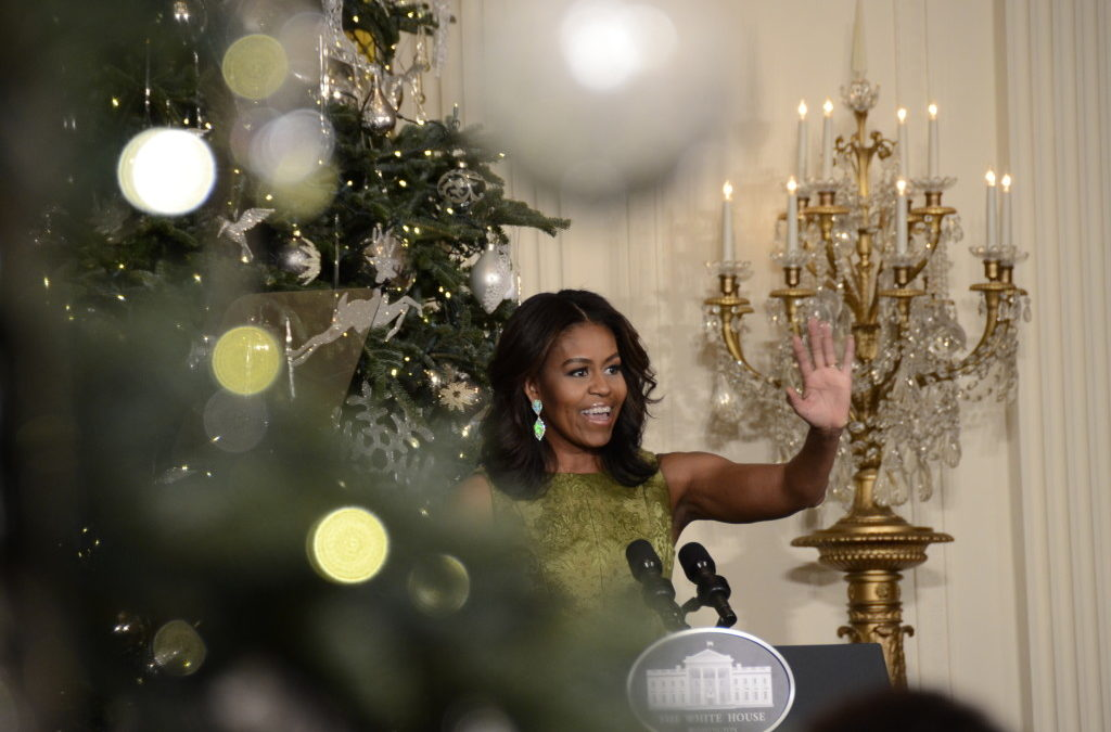 White House holiday decorations celebrate timeless traditions